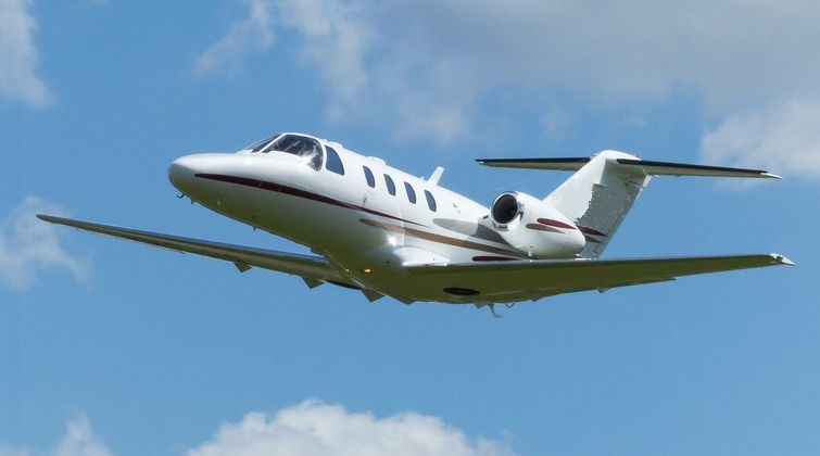 Charter aircraft near Centennial Airport include Eclipse 500, King Air 200, Piper Aerostar and more.