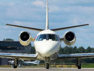 Mid jets are excellent options for families interested in private jet charter service.